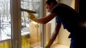 Чем мыть окна чтобы не запотевали