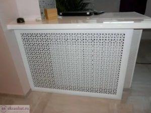 Защита радиатора: конструкции из металла, дерева, стекла, пластика и МДФ