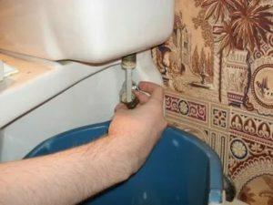Крепление бачка к унитазу: 3 способа монтажа без ошибок