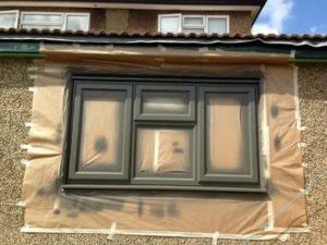 Можно ли красить пластиковые окна