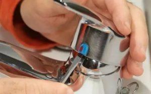 Как отремонтировать кран в ванной: устранение 6-ти наиболее распространённых поломок