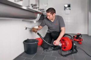 Прочистка канализационных труб: актуальные способы и особенности их реализации