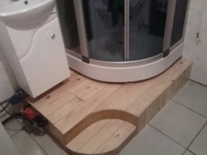 Как возвести подиум для душевой кабины