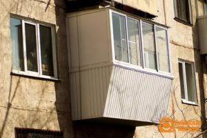 Можно ли стеклить балкон без разрешения