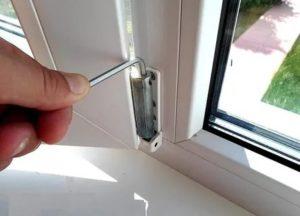 Как плотно закрыть пластиковое окно