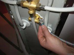 Как подключить душевую кабину к водопроводу – основные рекомендации по правильному проведению работ