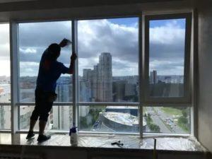 Как затемнить окна в квартире