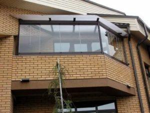 Как закрыть балкон поликарбонатом