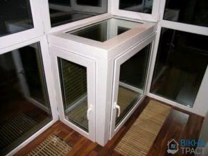 Установка кондиционера на балконе с витражным остеклением