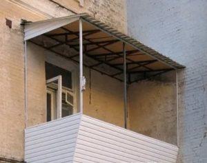 Навес над балконом своими руками