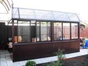 Раздвижные окна для беседки из поликарбоната