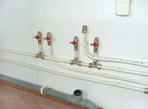 Установка металлопластиковых труб: как быстро и недорого обустроить водопровод