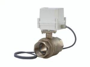 Кран для воды с электроприводом и датчиком протечки