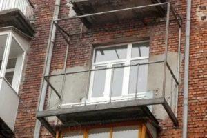 Расширение балкона по основанию плиты