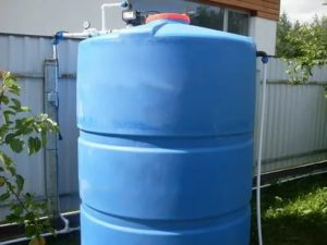 Емкость для воды с краном – области применения и монтаж