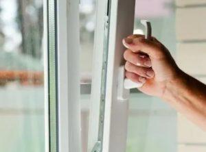 Как открыть пластиковое окно изнутри