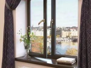 Коричневые пластиковые окна дороже белых или нет