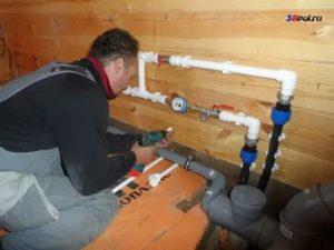 Как самостоятельно смонтировать водопровод в доме