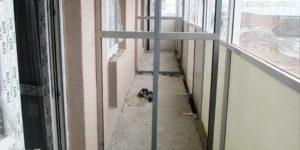 Перегородка на балконе своими руками
