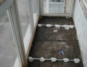 Как сделать стяжку на балконе