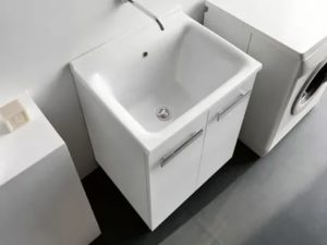 Глубокая раковина для постирочной комнаты