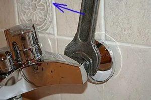 Как снять смеситель самостоятельно на кухне и в санузле