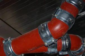 Чугунные трубы для канализации: преимущества и различные методики монтажа