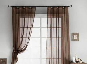 Шторы разной длины на одном окне