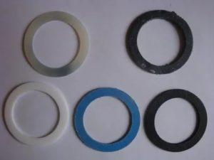 Прокладки для радиаторов отопления: разновидности, выбор и монтаж