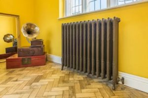 Какие типы радиаторов отопления используются в квартире или частном доме
