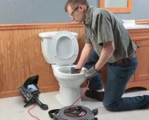 Как прочистить канализационную трубу: 5 наиболее эффективных методов