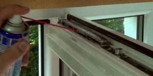 Как смазать пластиковые окна самому