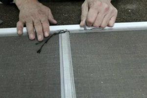 Как отремонтировать москитную сетку на пластиковом окне