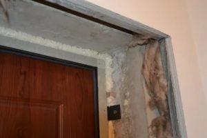 Чем заделать дверной проем после установки двери