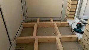 Поднять пол на балконе на 20 см
