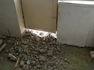 Демонтаж порога на балкон