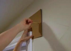 Как повесить тюль на балконе без карниза