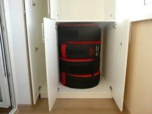 Шкаф для хранения колес на балконе