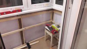 Как сделать подоконник на балконе своими руками
